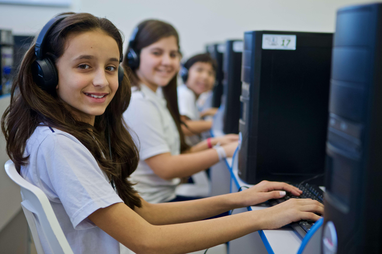 Conheça as tecnologias usadas nas aulas durante a pandemia